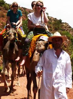 Kasbah_Bab_Ourika_Camels