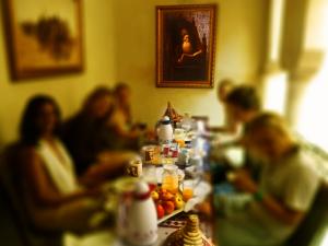 Laksiba_Breakfast